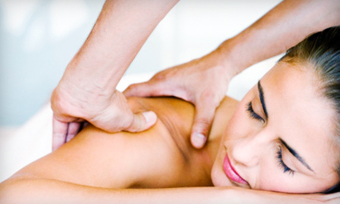 Massage One Spa - Central Escondido: $29 for a 70-Minute Body- and Foot-Reflexology Massage at Massage One Spa in Poway or Escondido ($59.99 Value)