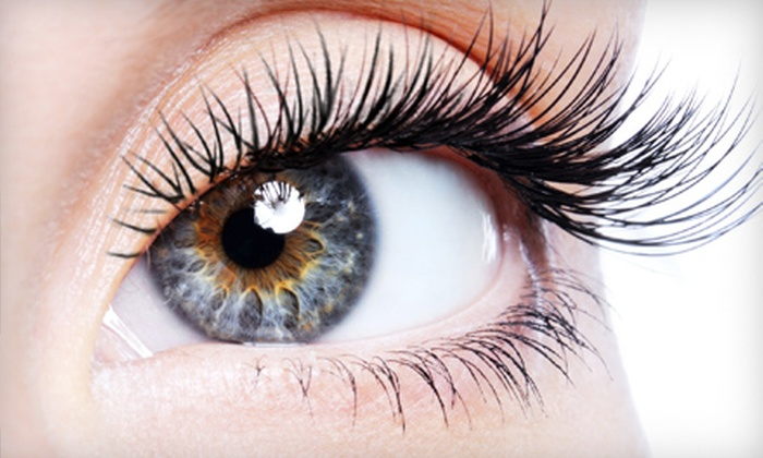 Le Cachet Lounge - The Fountains Shopping Center: $75 for Xtreme Lashes Eyelash Extensions at Le Cachet Lounge in Overland Park ($200 Value)