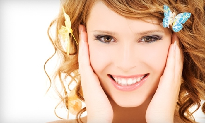 Luminous - Cochituate: $50 for a Facial and Eyebrow Wax at Luminous in Wayland ($110 Value)