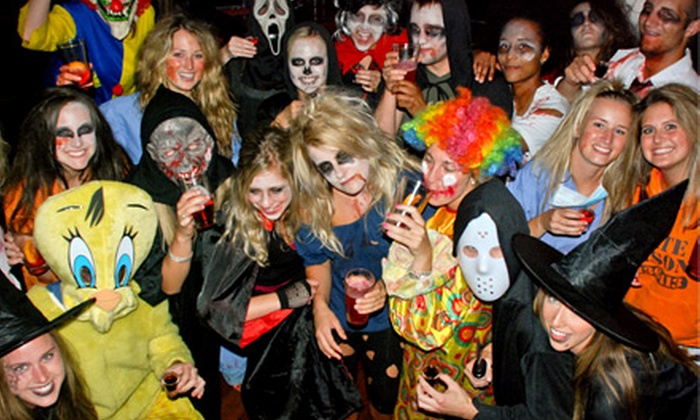 Nightmare on Clark Street - Wolcotts and Bushnells Additions,Near North Side,River North: $12 for One Admission to Nightmare on Clark Street Pub Crawl Presented by Red Frog Events (Up to $30 Value)