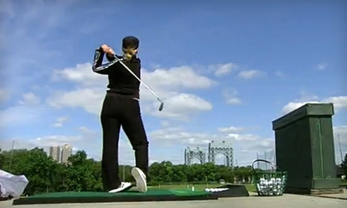 Randall's Island Golf Center - New York: $45 for an Adult Golf Clinic with Lunch or Dinner and Shuttle Service from Randall's Island Golf Center ($89 Value)