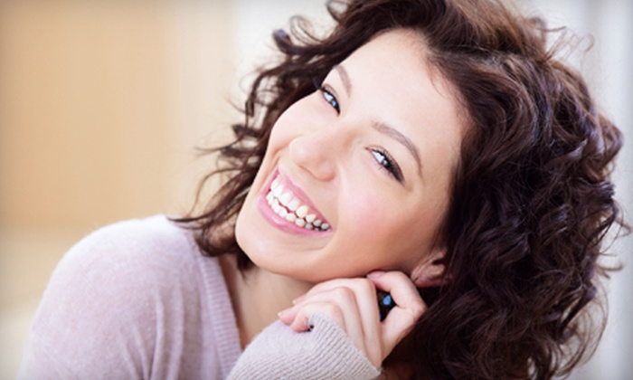 Smiling Edge: $49 for a Home Teeth-Whitening Kit from Smiling Edge ($279 Value)