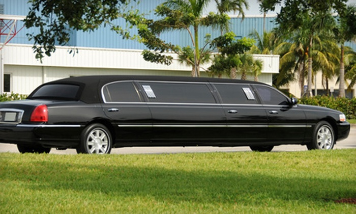 Vallejo Airporter - Fairfield: Chauffeured Limousine Excursion to Napa Valley for Up to 10 People from Vallejo Airporter