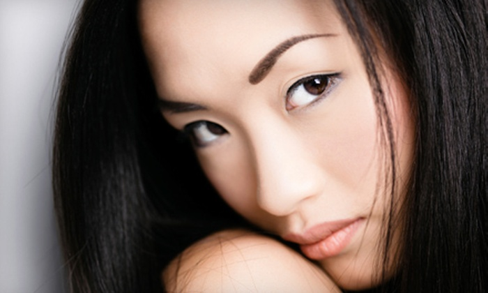iGlow Med Spa - Beverly Hills: $225 for a Fractional-Laser Skin-Resurfacing Treatment for All Skin Types at iGlow Med Spa in Beverly Hills ($1,400 Value)