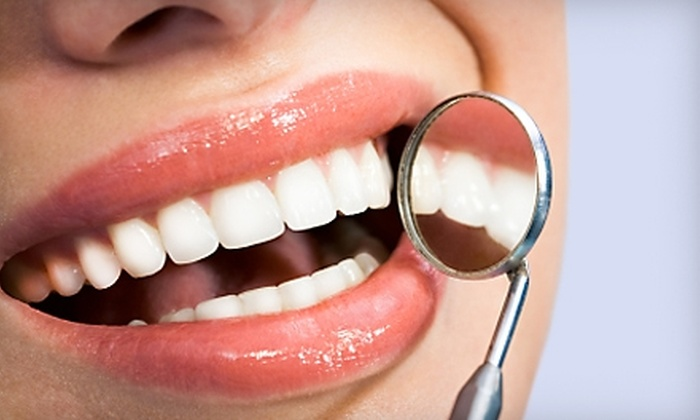 San Pedro Dental Associates - Shady Oaks: $89 for a Dental Exam, Cleaning, X-rays, and Whitening Pen at San Pedro Dental Associates ($357 Value)