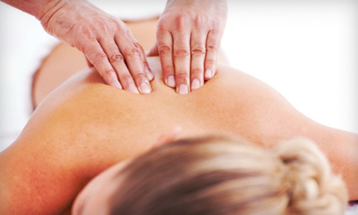Living Wellness Chiropractic of Columbia - Columbia: $29 for Chiropractic Massage, Evaluation, and Adjustment at Living Wellness Chiropractic of Columbia (Up to $360 Value)
