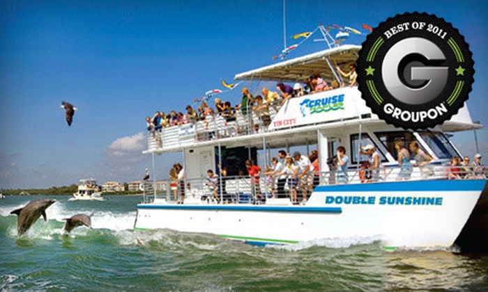 Cruise Naples - Naples: $17 for a 90-Minute Sightseeing Boat Tour from Cruise Naples ($35 Value)