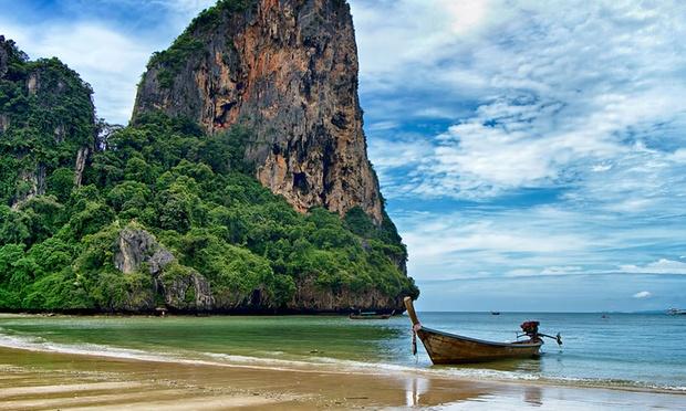 Krabi: Stay with Return Flights 5