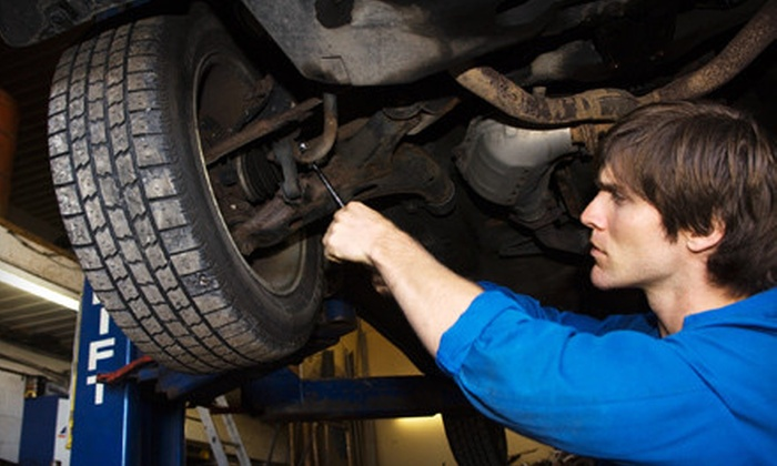 Auto-Lab of Marshall - Marshall: $15 for an Oil-Change Package with a Tire Rotation at Auto-Lab in Marshall ($47.66 Value)