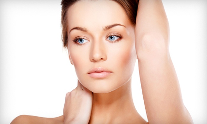 La Vita Bella Day Spa - Shawnee: 90-Minute Ultimate Revitalizing Peel and Facial with Hand Treatment or 60-Minute Facial at La Vita Bella Day Spa in Shawnee ($185 Value)