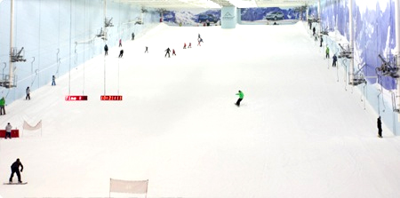 England's longest indoor snow slope