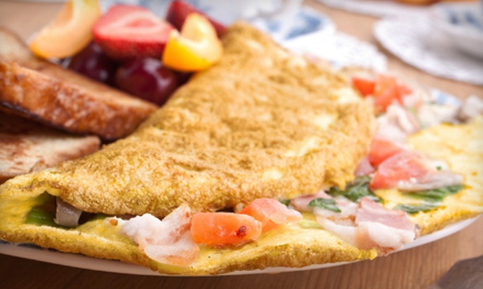 Le Peep - Multiple Locations: $15 Worth of Omelets and Sandwiches
