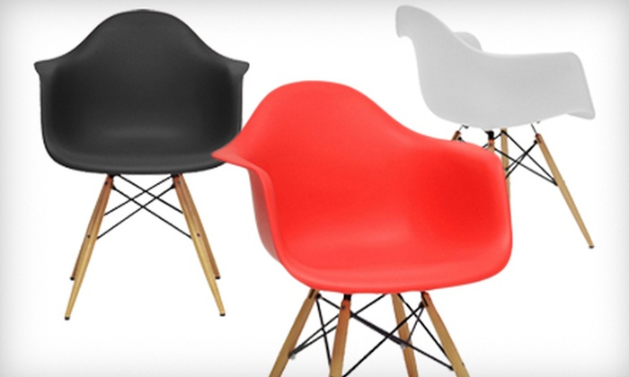 Modern Shell Chairs: $169 for Two Baxton Studio Pascal Plastic Modern Shell Chairs ($242 Value). Three Colors Available. Shipping Included.