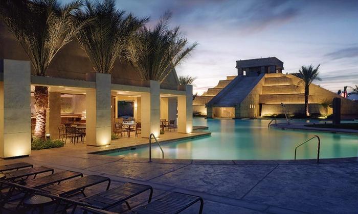 Cancún Resort - Las Vegas, NV: Stay in a Villa at Cancún Resort in Las Vegas, with Dates into December