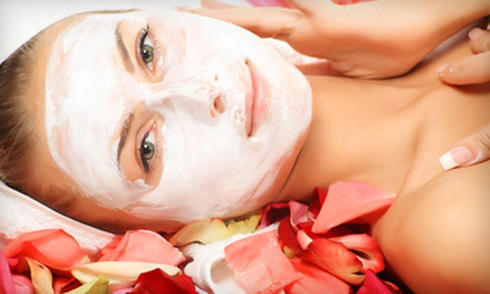 Facials N Such - East Cobb: One Aloe Vera/Avocado Facial or One or Two Sweet Georgia Peach Facials at Facials N Such (Up to 66% Off)