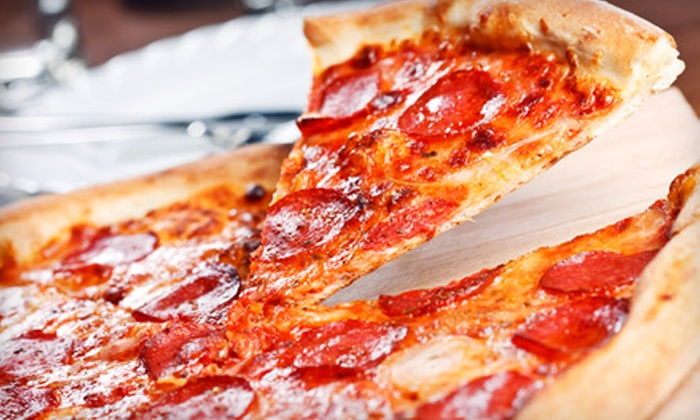 Fudpuckeroni's - Santa Rosa Island: $15 for $30 Worth of Pizzeria Cuisine at Fudpuckeroni's