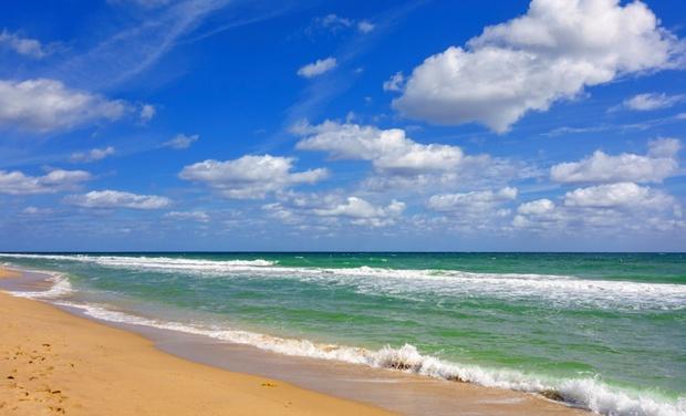 Ocean Manor Beach Resort - Fort Lauderdale, FL: Stay at Ocean Manor Beach Resort in Fort Lauderdale, FL. Dates into January.