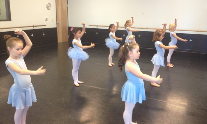 Evergreen Dance Academy - Cascade Park: Four Dance Classes from Evergreen Dance Academy (65% Off)