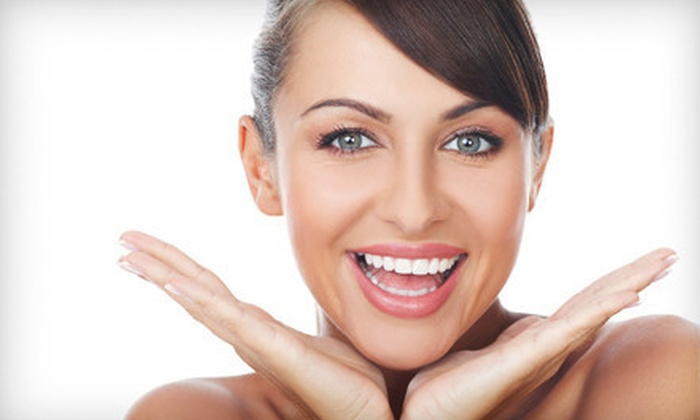 Smile White - Downtown Toronto: $39 for Two Cool Blue Light Teeth-Whitening Treatments at Smile White ($260 Value)