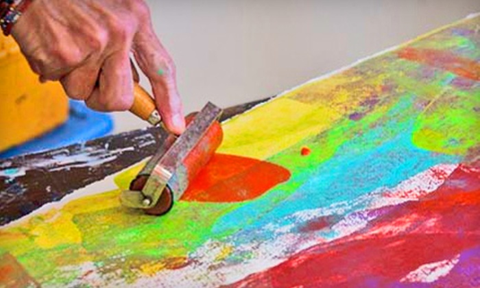 Dazzio Art Experience - Downtown St. Petersburg: $39 for One Month of Half-Day Art Classes at Dazzio Art Experience ($90 Value)