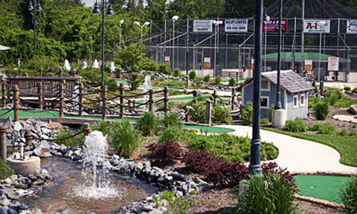 Pasadena Golf Center - Lake Shore: Mini Golf for Four Rounds, Family Golf-and-Batting Package, or Season Pass for Two at Pasadena Golf Center (Up to 75% Off)