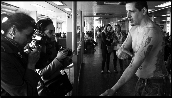 Capture Classic New York Moments on a Ferry Photo Shoot - New York: Hop aboard the Staten Island Ferry to practice documentary-style photography in a distinctive New York setting