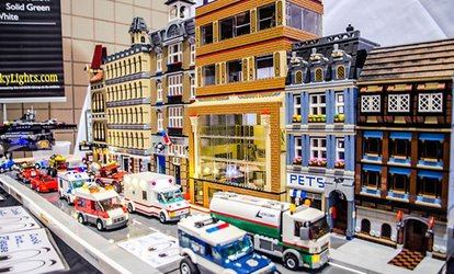 BrickUniverse – Up to 50% Off LEGO Fan Convention
