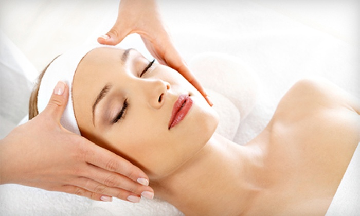 Reliable Wellness Solutions  - Highland Garden: $39 for 60-Minute Swedish Massage at Reliable Wellness Solutions ($85 Value)