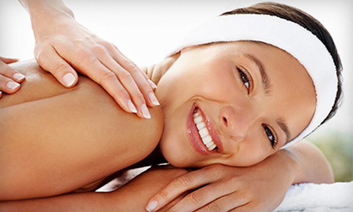 Mariella Therapies - Westgate: $39 for a 60-Minute Deep-Tissue or Signature Massage at Mariella Therapies ($80 Value)