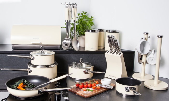 Groupon Goods Global GmbH: Morphy Richards 21-Piece Kitchen Bundle in Choice of Colour for €199.99 (60% Off)