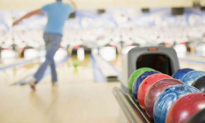 Bedroxx Bowling - Marana: $29 for a Two-Hour Bowling Package for Five with Pizza and Arcade Games at Bedroxx Bowling (Up to $76.75 Total Value)