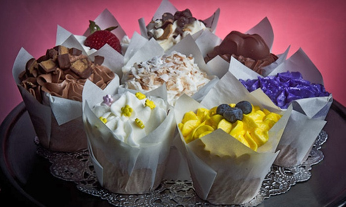 Alli B's Sweets and Treats - Granbury: Two Cupcakes