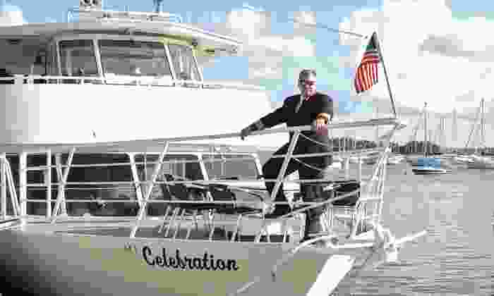 Bay Brunch Celebration Cruise - Dinner Key Marina, Coconut Grove: Father's Day Brunch or Barbecue Cruise from Bay Brunch Celebration Cruise on Sunday, June 15th (40% Off)