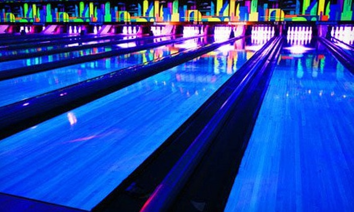 Terrace Sports - Temple Terrace: $15 for Bowling, Pizza, and Arcade Play for Up to Six at Terrace Sports in Temple Terrace (Up to $52.95 Value)