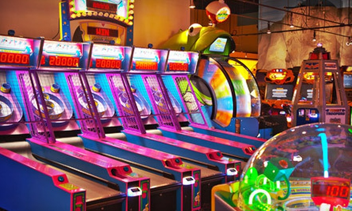 Funhaven - Ottawa: $25 for a Fun-Park Outing for Two with Unlimited Attractions and Game Card at Funhaven (Up to $49.98 Value)