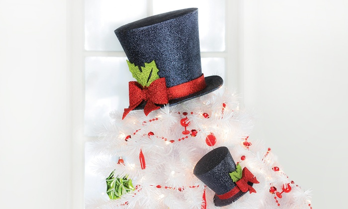 pointsetta and top hat christmas tree toppers