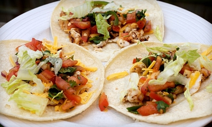 El Picante Authentic Mexican Cuisine - Maineville: $7 for $15 Worth of Mexican Fare and Drinks at El Picante Authentic Mexican Cuisine in Maineville