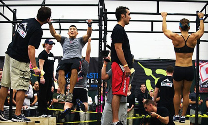 Black Label CrossFit - Louisville: Unlimited Coed CrossFit Classes and Personal-Training Sessions at Black Label CrossFit in Mount Washington