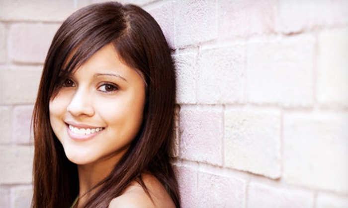 Thornhill Smile Centre - Multiple Locations: $39 for an Invisalign Exam with X-Rays at Thornhill Smile Centre ($349 Value)