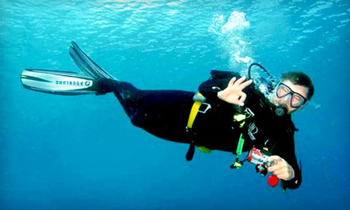 Central Valley Scuba Center - Tulare: $15 for a One-Hour Try Scuba Class at Central Valley Scuba Center in Tulare ($50 Value)