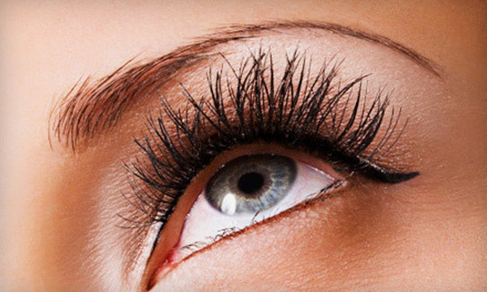 Eyebrows 2 Envy - Colorado Springs: Two Eyebrow-Threading Sessions or One or Two Full-Face-Threading Sessions at Eyebrows 2 Envy (Up to 52% Off)
