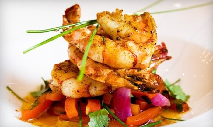 Social Restaurant & Lounge - Byward Market - Parliament Hill: French-North American Fusion Fare and Drinks for Dinner or Brunch or Lunch at Social Restaurant & Lounge
