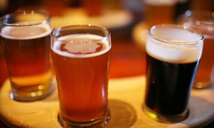 Goldeez - Omaha: $15 for Admission to Beer Tasting, Plus a Six-Pack, at Goldeez ($30 Value)