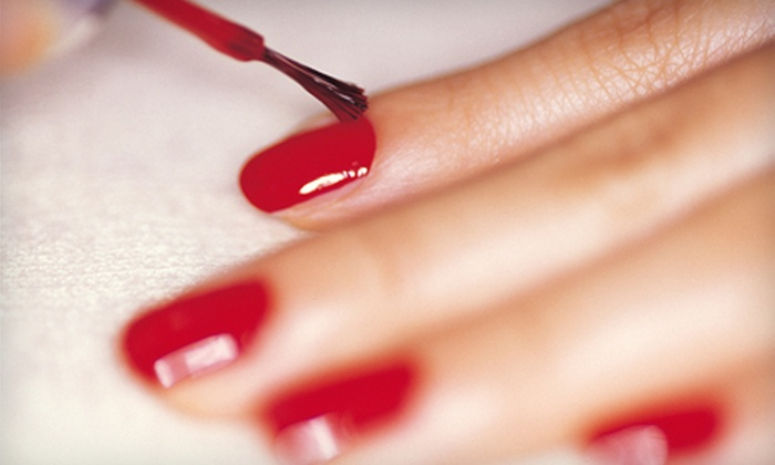 Simply Enhancing Beauty Lounge - Fort Collins: $19 for a Shellac or Gel Manicure at Simply Enhancing Beauty Lounge in Fort Collins (Up to $45 Value)