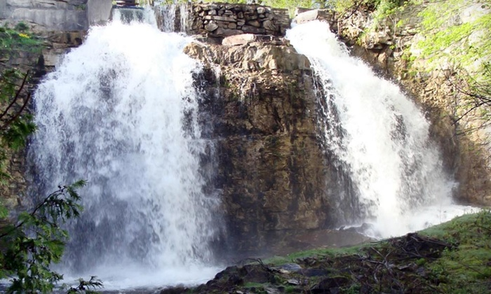 Falls Inn and Spa - Walter's Falls: One-Night Stay for Two in a Maple Suite with Spa Credit at Falls Inn and Spa in Ontario