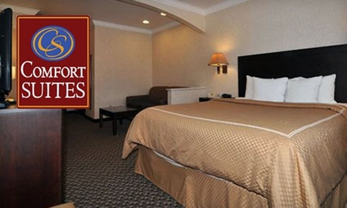 Comfort Suites UC Davis - Interland/Univ. Research Park: $59 for One Night Stay at Comfort Suites UC Davis (Up to $209.99 Value)