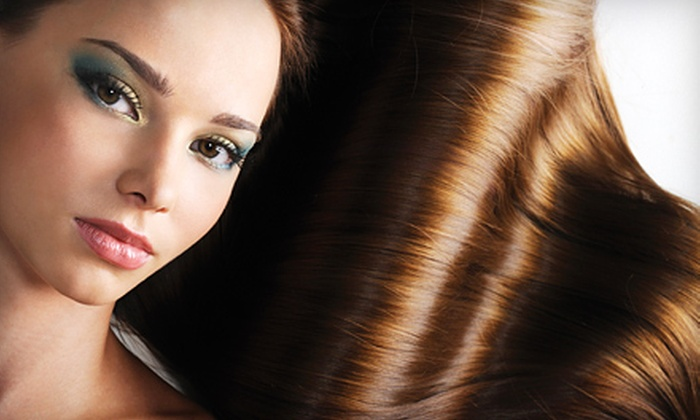 Savvy the Beauty Apothecary - Beverly Hills: $125 for a Brazilian Blowout at Savvy the Beauty Apothecary in Beverly Hills ($300 Value)