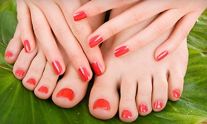 International Salon Spa - Rogers Park: $19 for a Mani-Pedi at International Salon Spa ($38 Value)