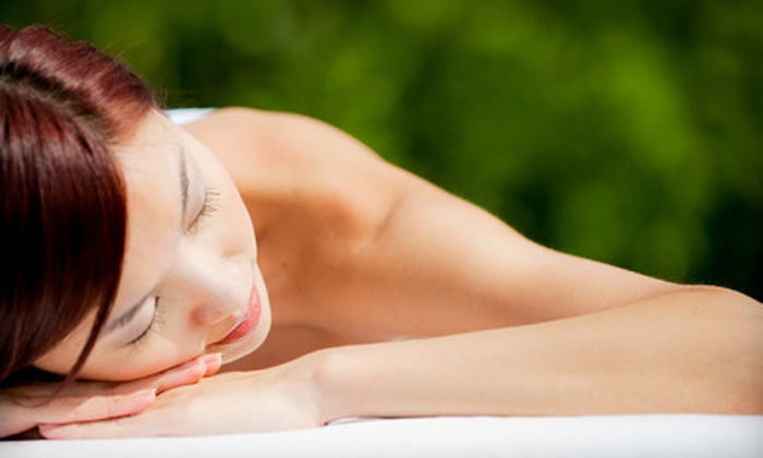 Golden Touch Salon - Linda Vista: $35 for a One-Hour Relaxation Massage at Golden Touch Salon ($75 Value)