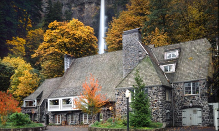 Multnomah Falls Lodge - Bridal Veil: Upscale Northwestern Fare for Breakfast, Lunch, or Dinner at Multnomah Falls Lodge in Bridal Veil